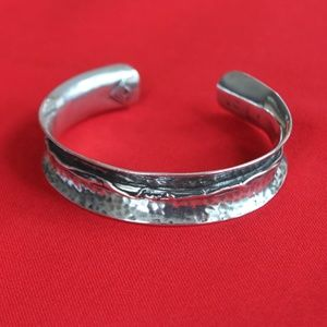 SterlingSilver Cuff Bracelet with decorative twist